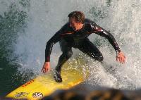 happy-surfer